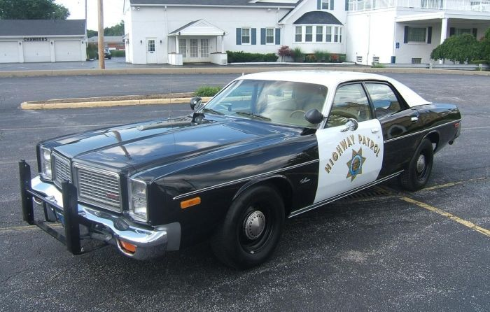 undercover cop car lights. 1978DodgeMonaco_01_700_zps7snfeybu