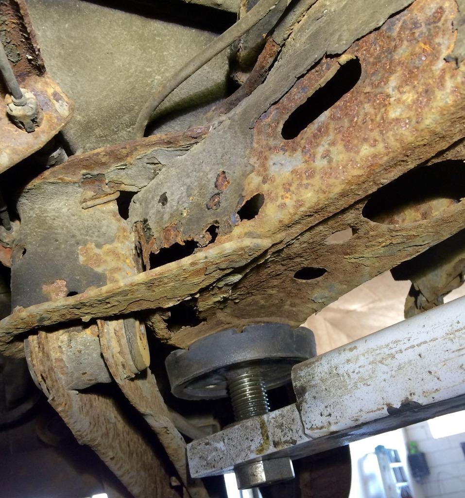 frame repair 3C1358ED-F6BF-40CF-8D95-31C2815E9B7B_zps2iw30gjg