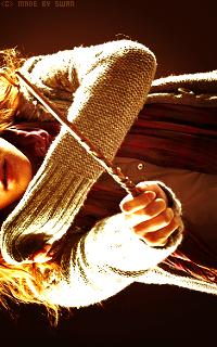 Emma Watson - 200*320 GrangerAvatar