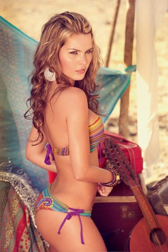 Những mẫu bikini tôn thờ vóc dáng sexy 1299492080-Melissa-Giraldo-Phax-Swimwear-6-681x1024