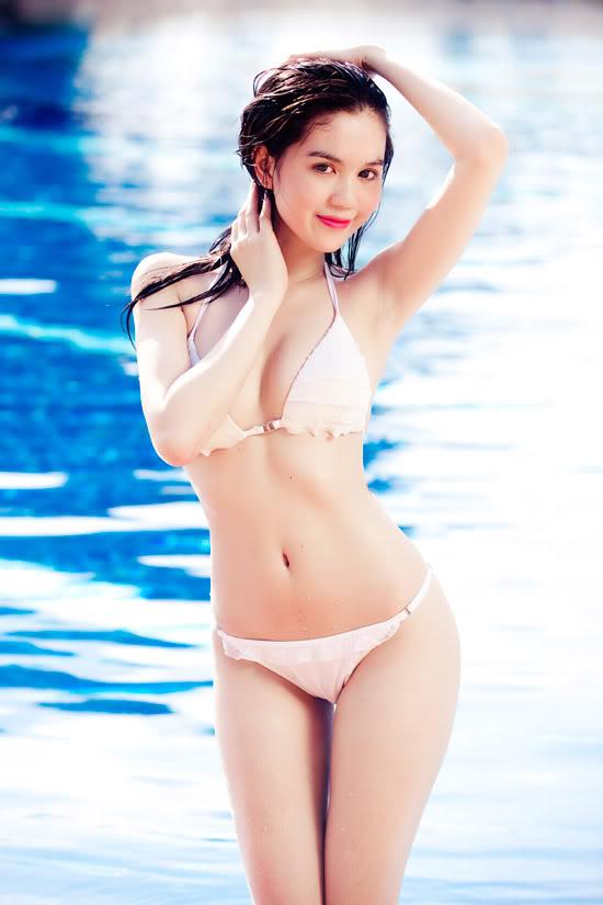 9X Ngọc Trinh bỏng mắt với bikini 1299547011-ngoc-trinh-bikini-15