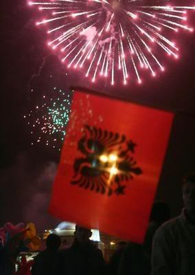 Disa foto per diten e Pavarsis ... Kosovo13_gallery__284x4001-1