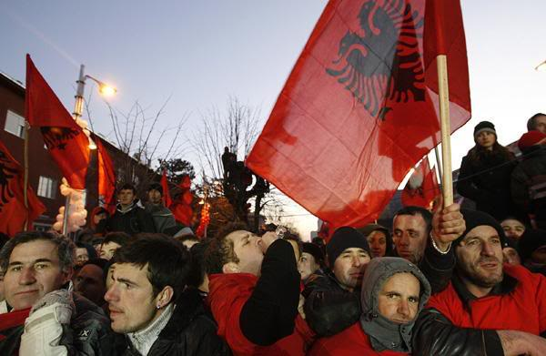 Disa foto per diten e Pavarsis ... Kosovo5_gallery__600x3911