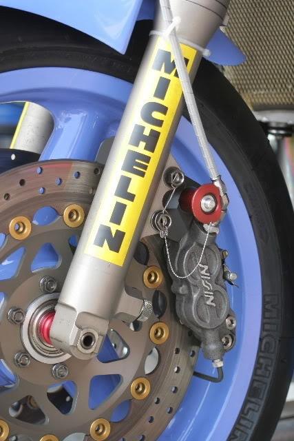 Yamaha FZR - Page 2 87_TECH21_NISSIN