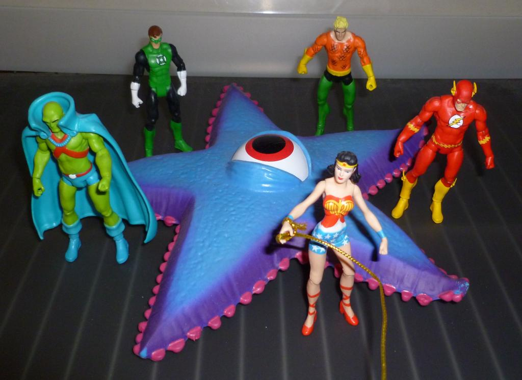 Starro vs. The JLA! P1130945