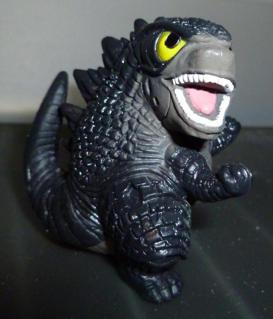 Godzilla 2014 Figures (NECA Godzilla UPDATED 9/9/14)! P1130839