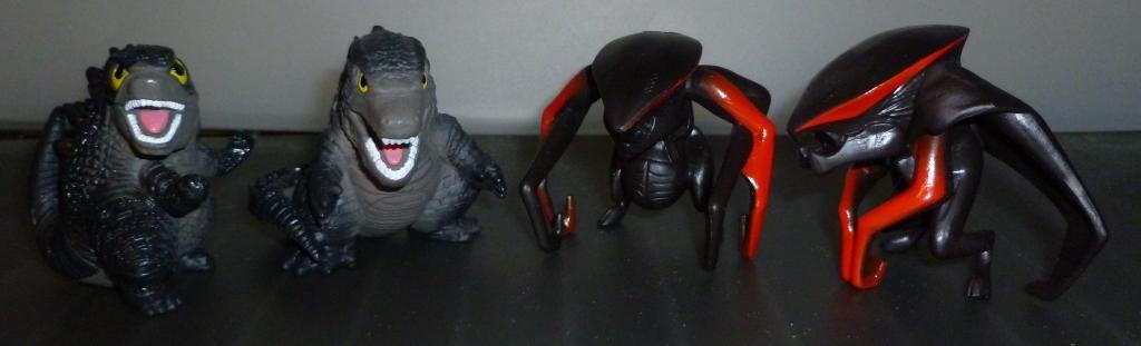 Godzilla 2014 Figures (NECA Godzilla UPDATED 9/9/14)! P1130844