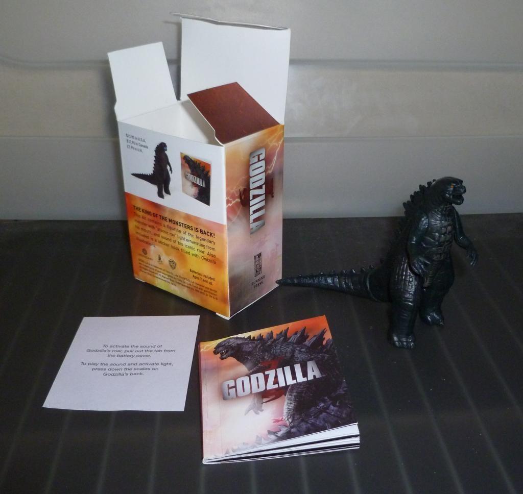 Godzilla 2014 Figures (NECA Godzilla UPDATED 9/9/14)! P1130864