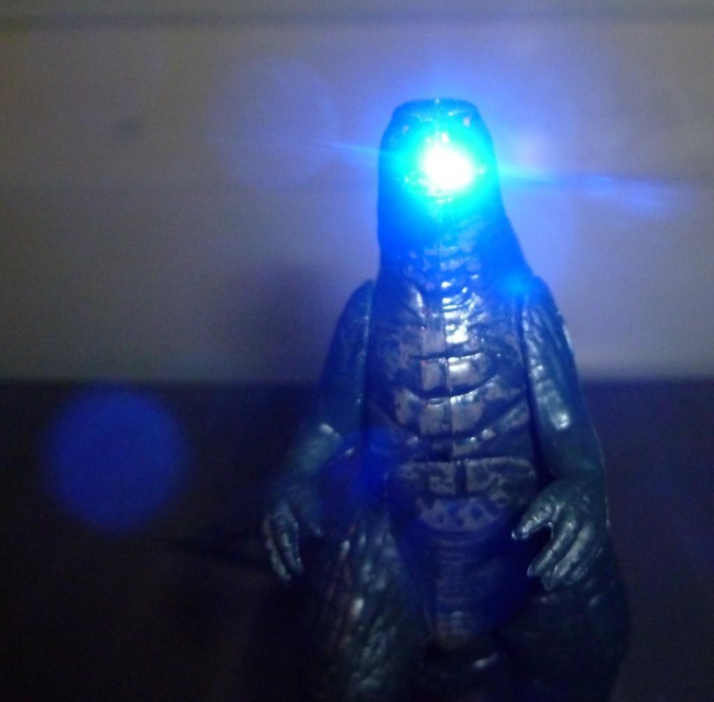 Godzilla 2014 Figures (NECA Godzilla UPDATED 9/9/14)! P1130869