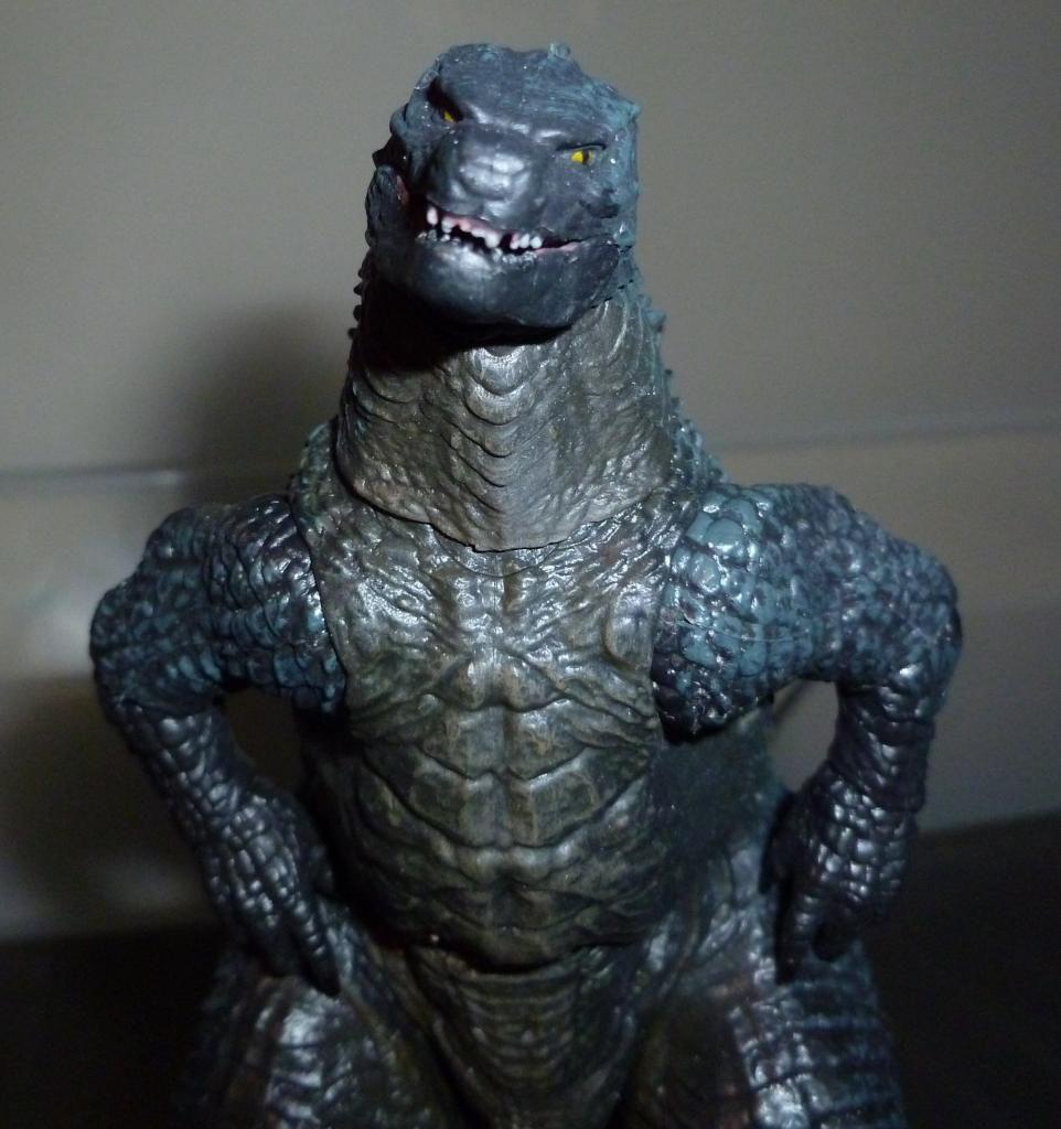 Godzilla 2014 Figures (NECA Godzilla UPDATED 9/9/14)! P1130860