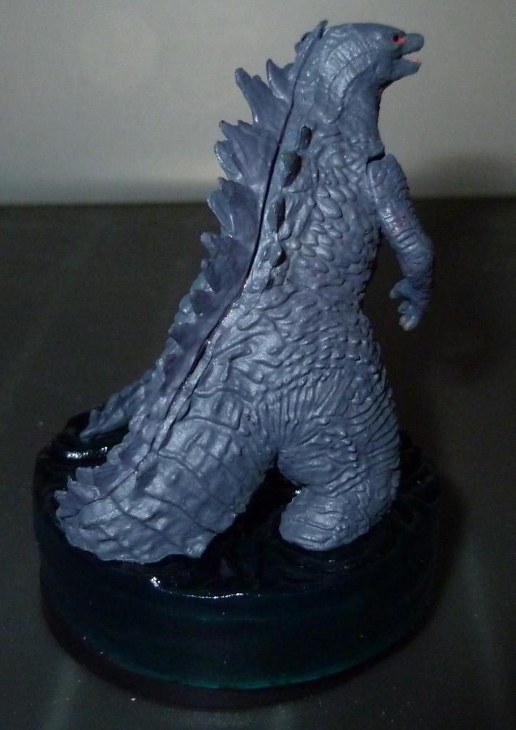 Godzilla 2014 Figures (NECA Godzilla UPDATED 9/9/14)! P1130886