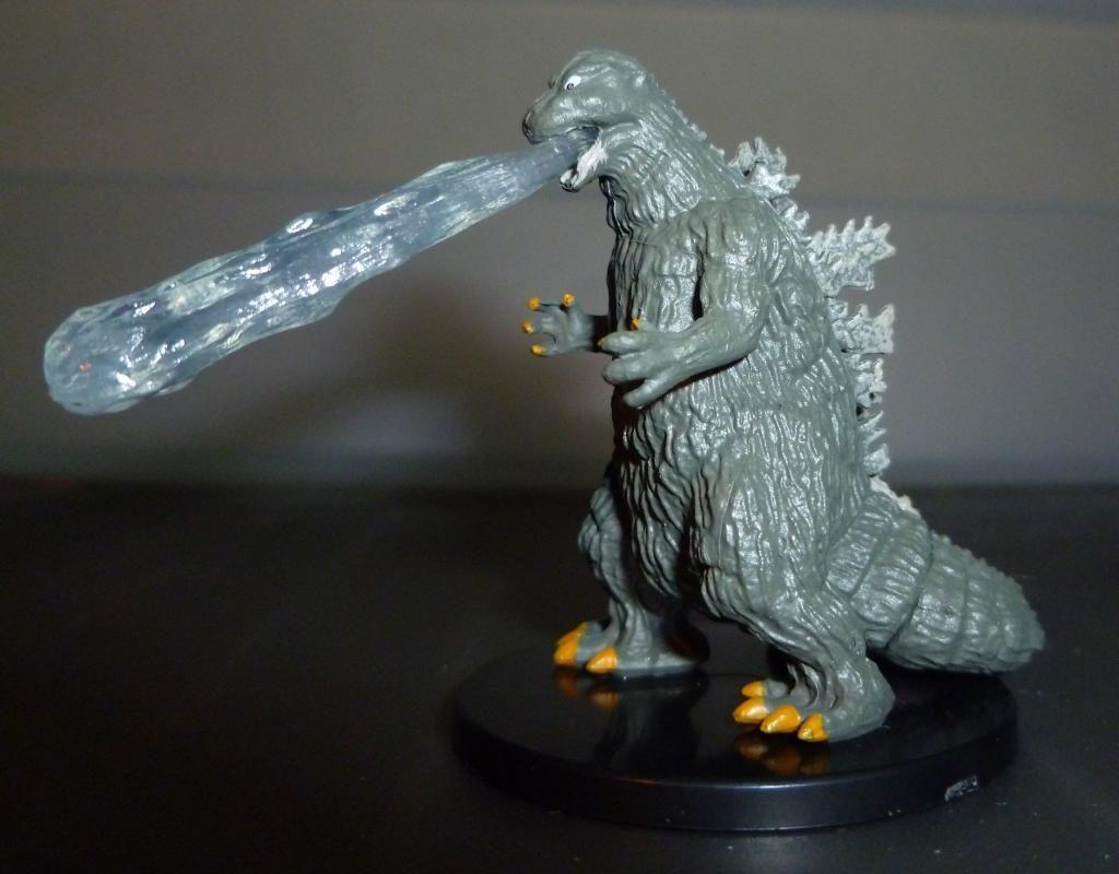 Godzilla 2014 Figures (NECA Godzilla UPDATED 9/9/14)! P1130902