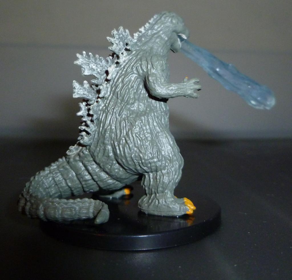Godzilla 2014 Figures (NECA Godzilla UPDATED 9/9/14)! P1130904