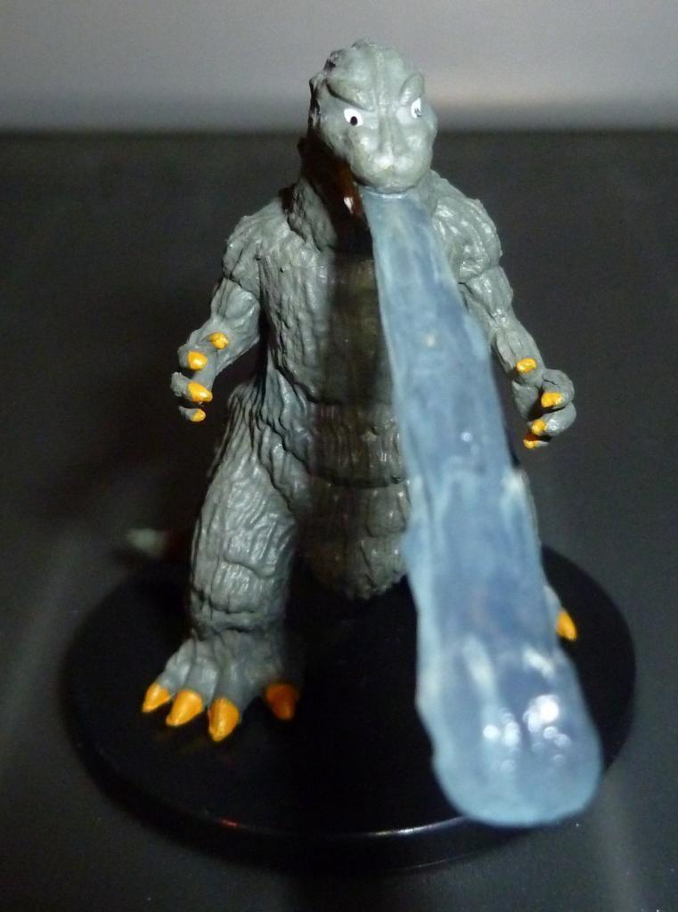 Godzilla 2014 Figures (NECA Godzilla UPDATED 9/9/14)! P1130905