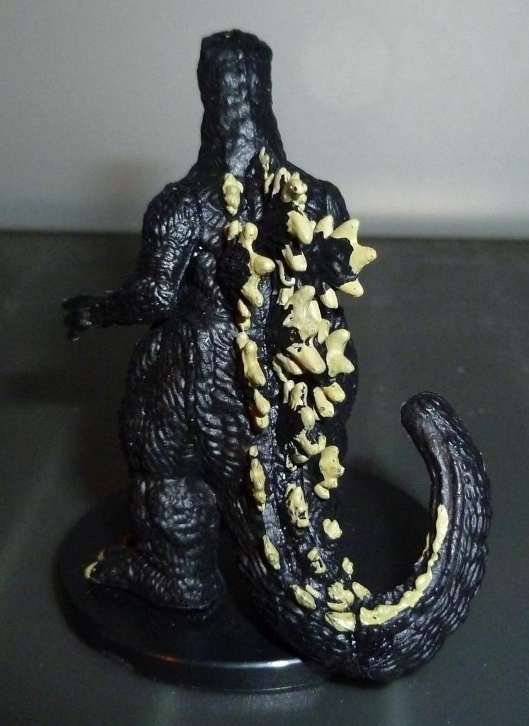 Godzilla 2014 Figures (NECA Godzilla UPDATED 9/9/14)! P1130908