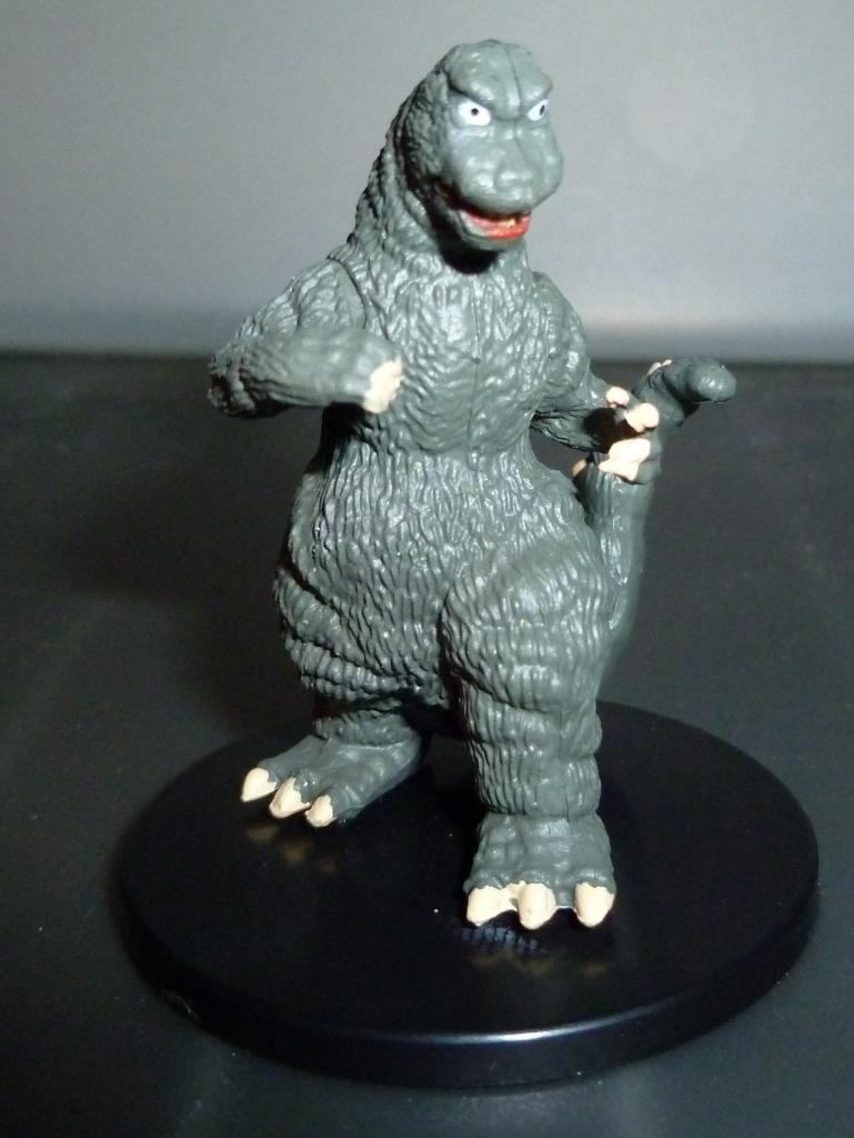 Godzilla 2014 Figures (NECA Godzilla UPDATED 9/9/14)! P1130910