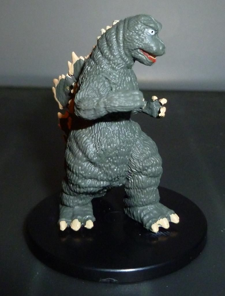 Godzilla 2014 Figures (NECA Godzilla UPDATED 9/9/14)! P1130911