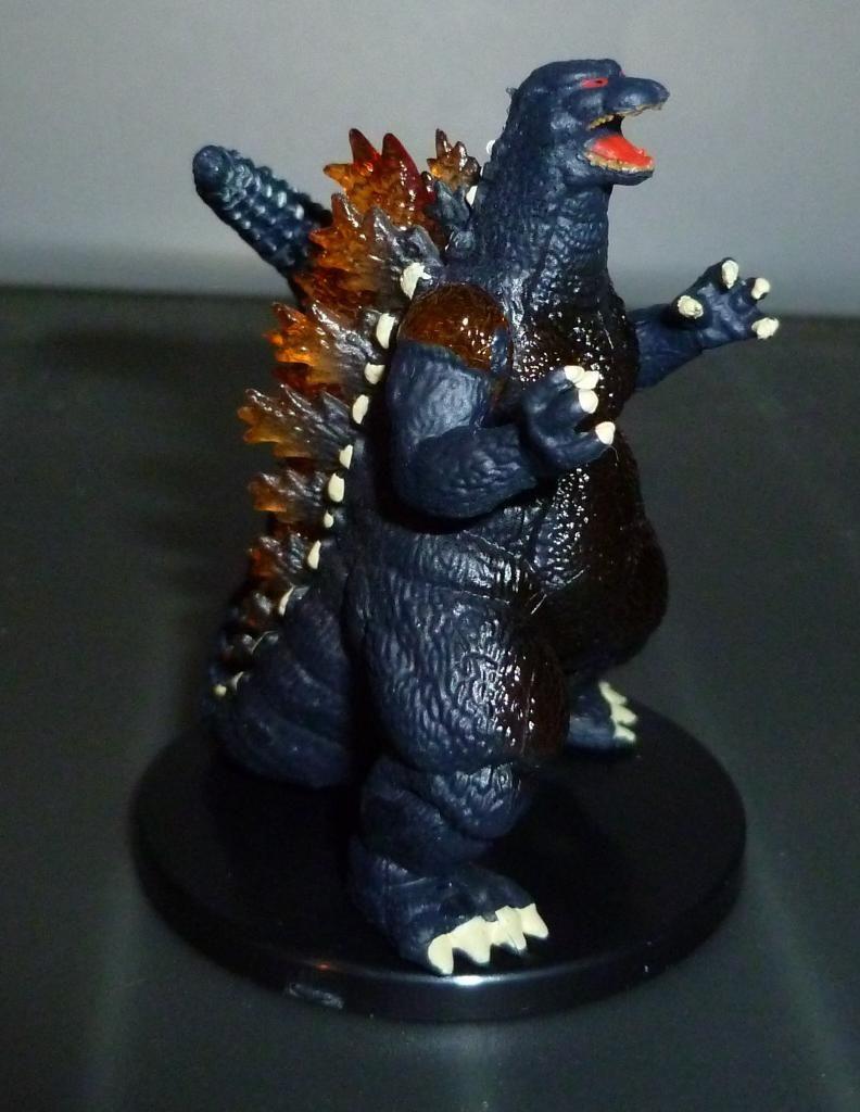 Godzilla 2014 Figures (NECA Godzilla UPDATED 9/9/14)! P1130915