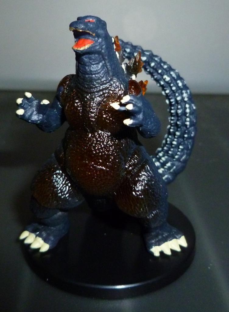 Godzilla 2014 Figures (NECA Godzilla UPDATED 9/9/14)! P1130916