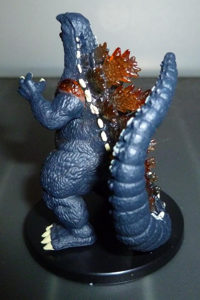 Godzilla 2014 Figures (NECA Godzilla UPDATED 9/9/14)! P1130917