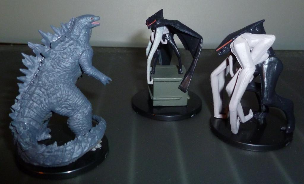 Godzilla 2014 Figures (NECA Godzilla UPDATED 9/9/14)! P1130931