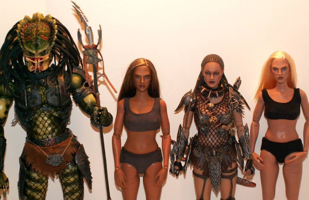 Hot Toys TrueType Females: Caucasian & Cuban-American - Updated 9/4/13! 23