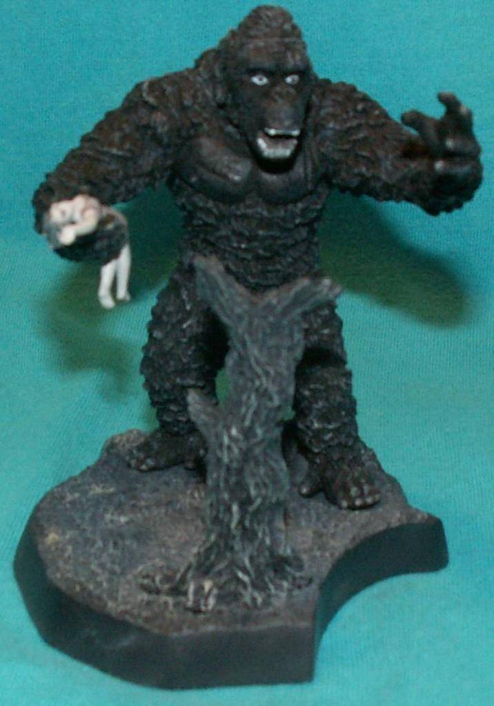 King Kong figures by Konami & X-Plus! KingKongwithAnnDarrow