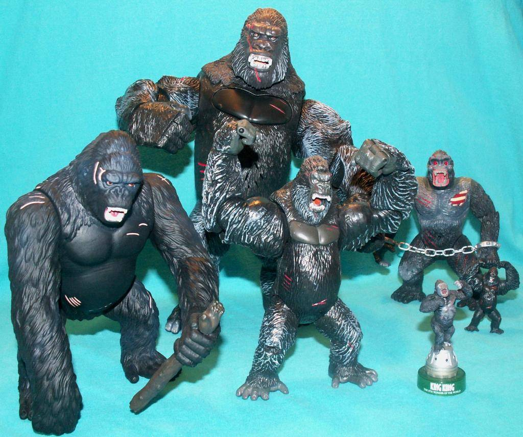 King Kong figures by Konami & X-Plus! 05KongComparison