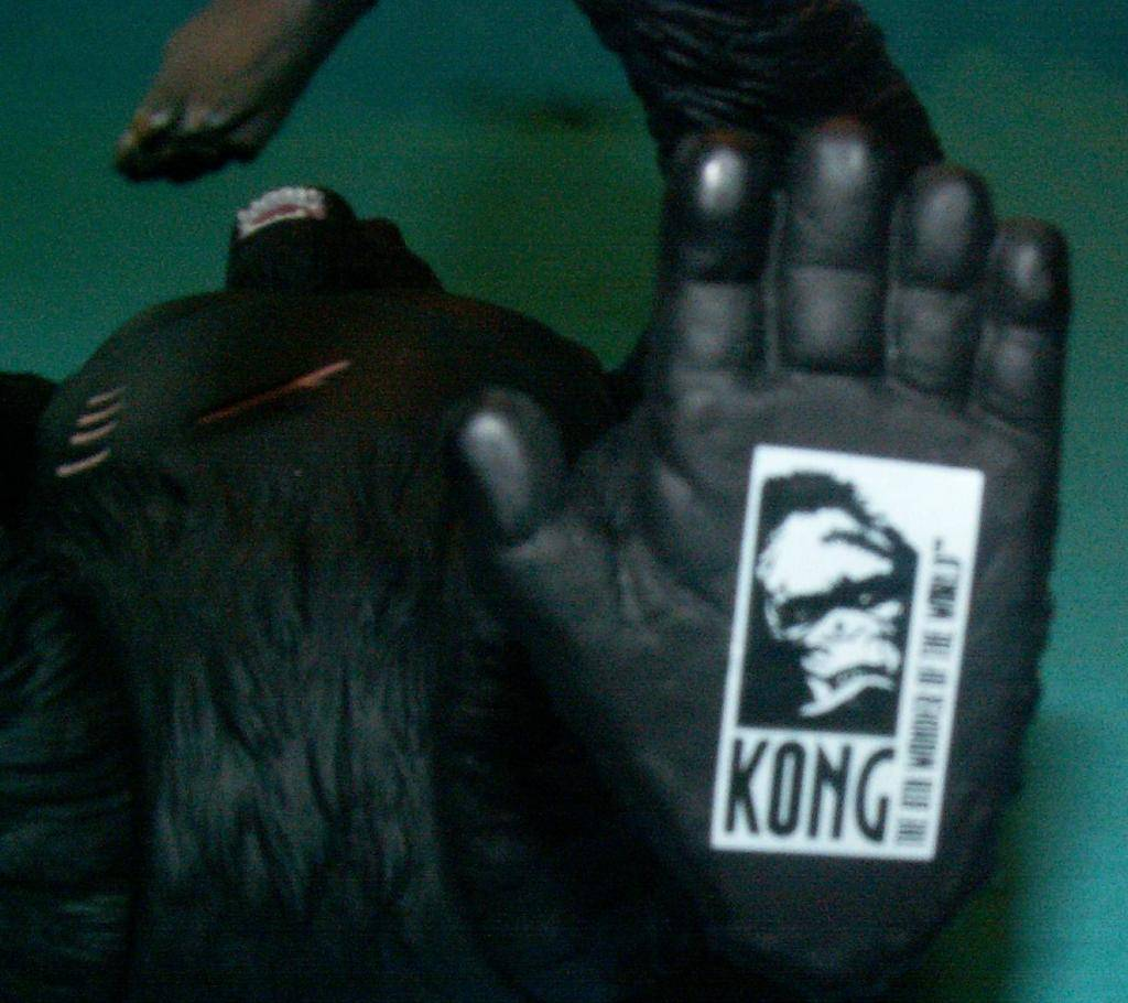 King Kong figures by Konami & X-Plus! 05KongStamp
