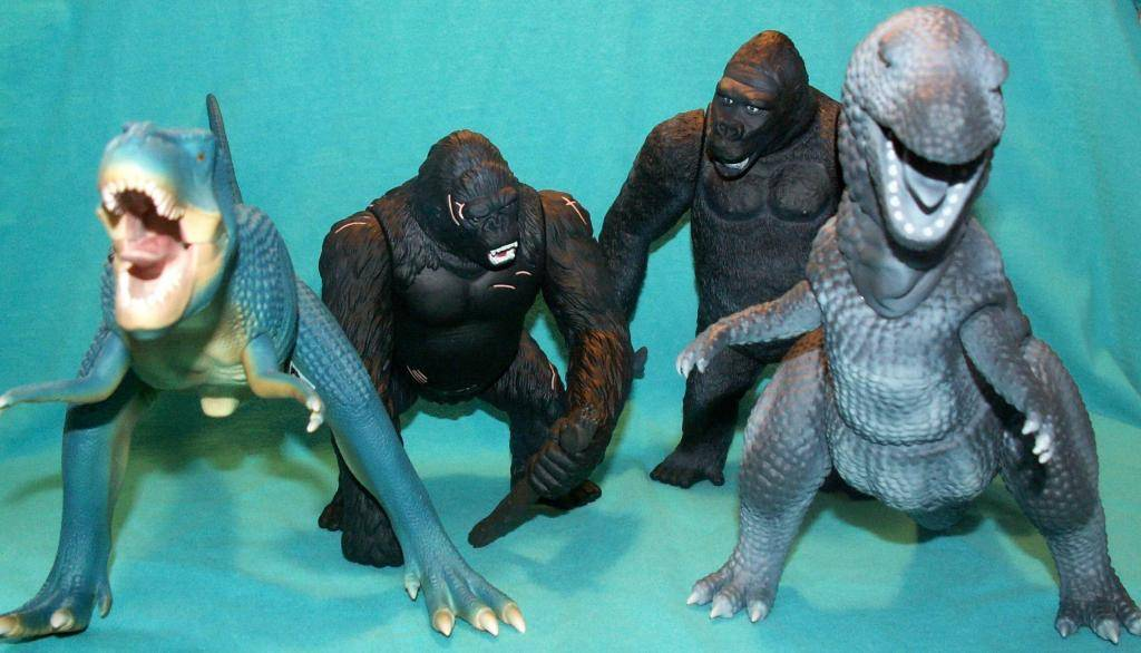 King Kong figures by Konami & X-Plus! X-PlusKongSets