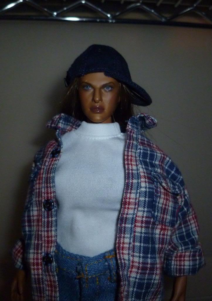 Valentina: Queen of the Hood! P1080201_zps24508286