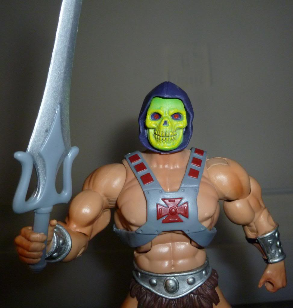 MOTU & MOTUC: The Official Thread - Kitbashes & More Added 10/14/14 - Page 2 P1090066