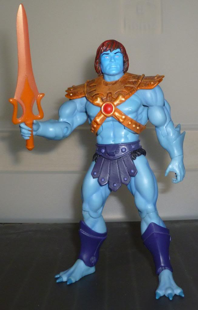 MOTU & MOTUC: The Official Thread - Kitbashes & More Added 10/14/14 - Page 2 P1090067