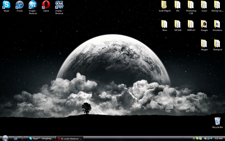 YOUR DESKTOP - Page 2 Desktop