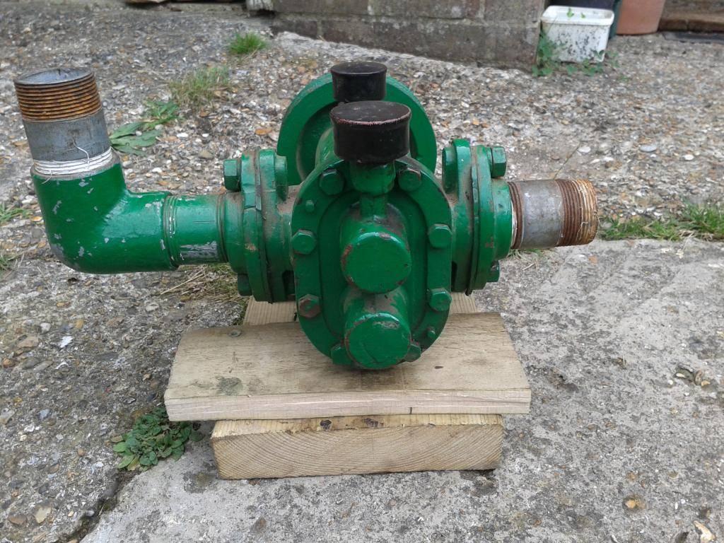 Parsons gear pump 2014-08-14134154_zps56344350