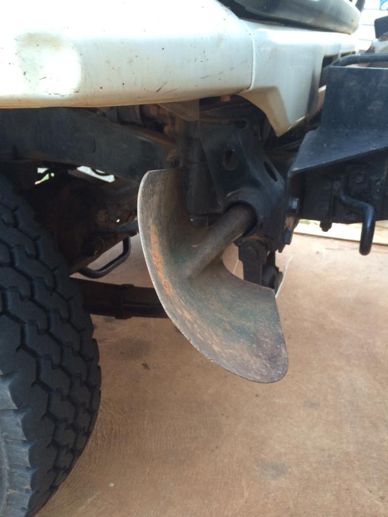 shovel and rake holder 012