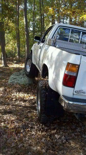 Post a Picture of Your FJ - Page 7 306354_183085095110579_100002272684478_379134_491042711_n