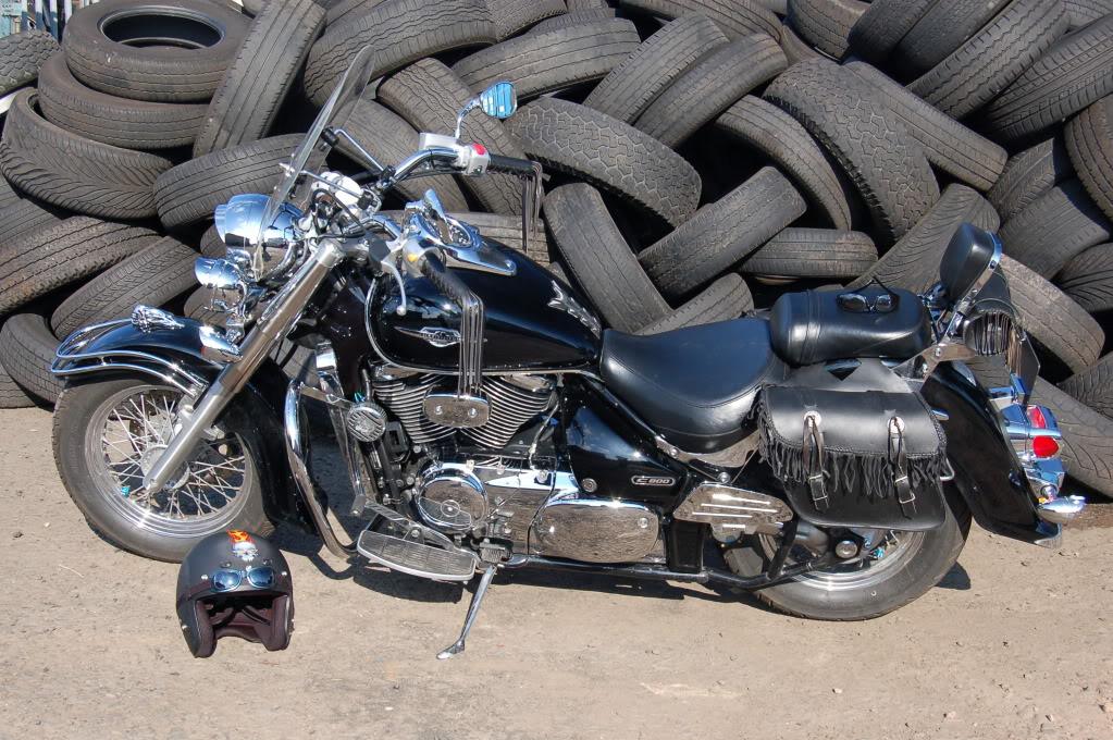 Joolz6's Ride, .......... 2006 Suzuki VL800 Vl800181