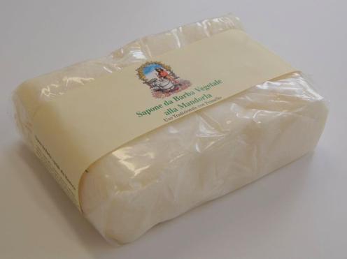 Forza Italia (les produits de rasage italien) - Page 5 Sapone_da_barba_vegetale_alla_mandorla_1000gr_496x371