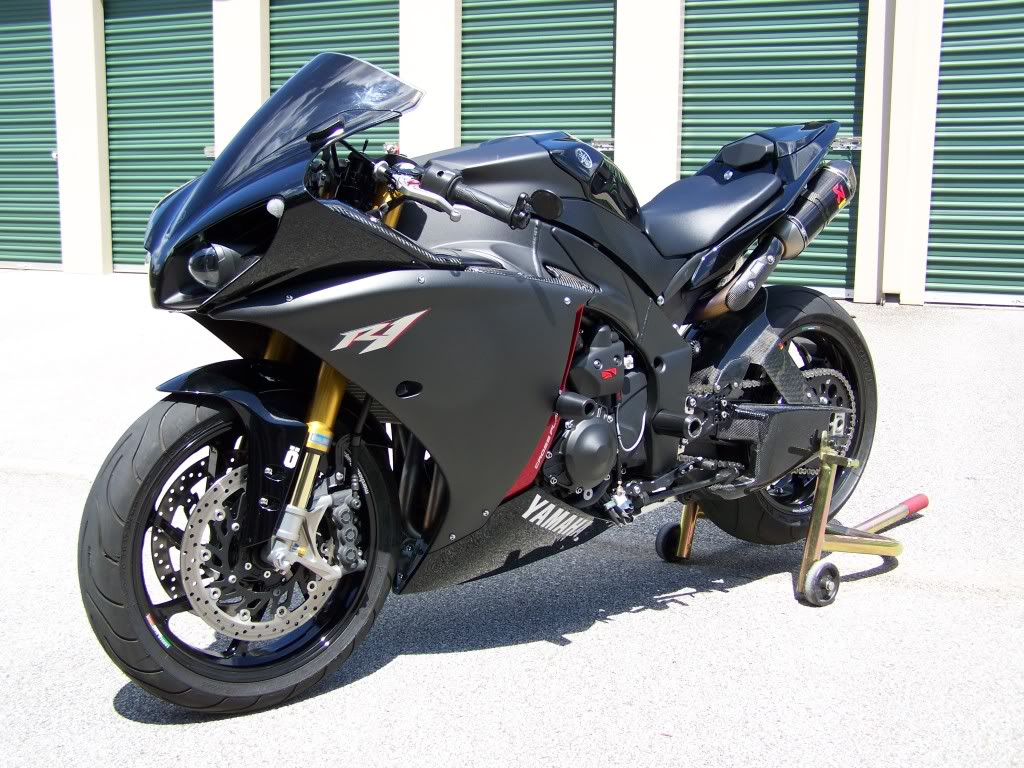 Yamaha R1 Crossplane - Page 38 100_0925