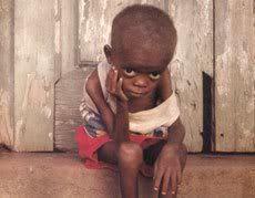 Campanie: ''Vreau si eu parintii mei!'' African_orphan_child
