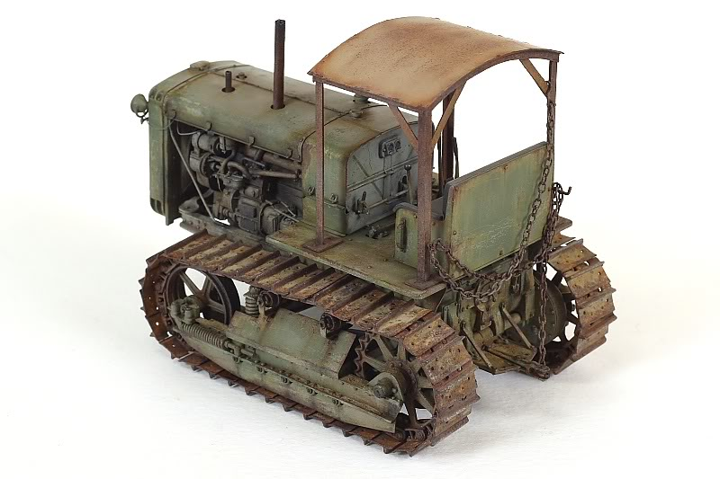 peinture - Russian ChTZ S-65 Tractor 1/35 Trumpeter (peinture vert russe) - Page 3 IMG_5258
