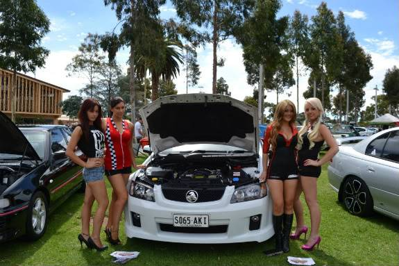 Alan's  new car (08SS) 405PromogirlswiththeSS-1