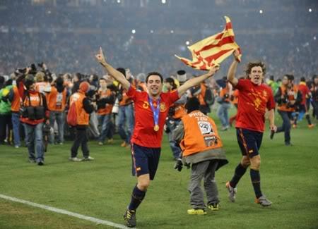 Xavi giành giải cao nhất của World Soccer 655xavi171210