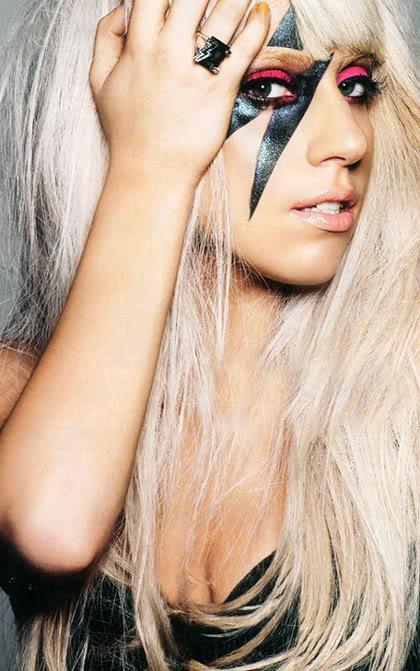 Lady Gaga đứng đầu Top những ngôi sao kiếm nhiều tiền nhất Lady14021