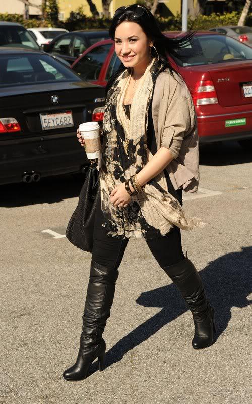 Demi Lovato 'tái xuất' T512284