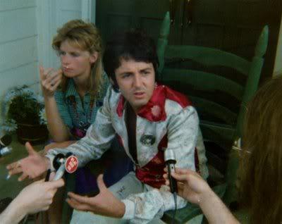 PID: за и против - Страница 3 Paul_McCartney-Nashville-2