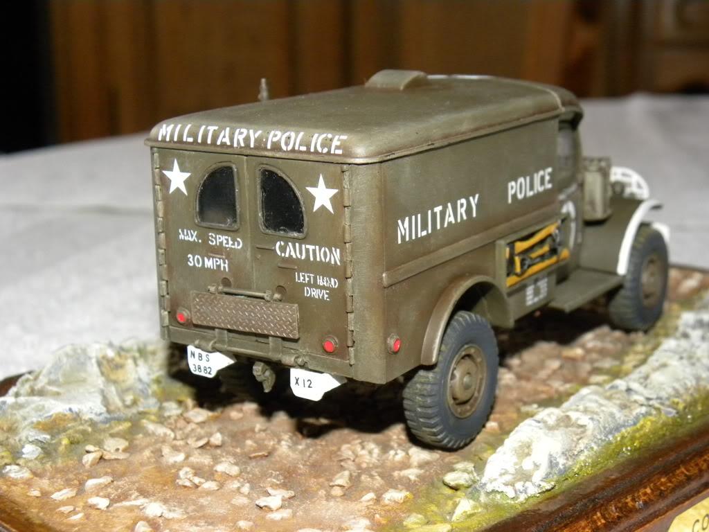 dodge wc 54  military police      italeri  1:35 suite et fin DSCN0592