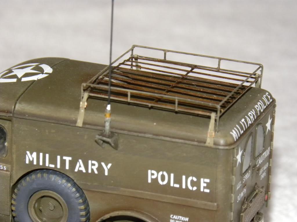 dodge wc 54  military police      italeri  1:35 suite et fin DSCN0647