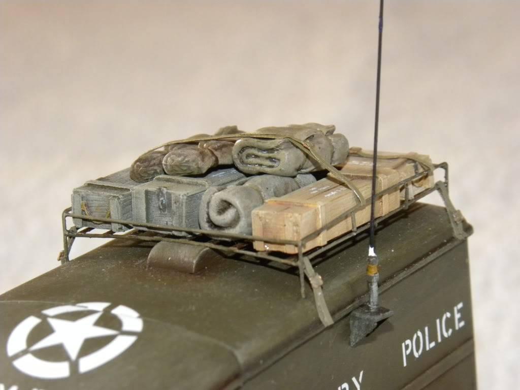 dodge wc 54  military police      italeri  1:35 suite et fin DSCN0650